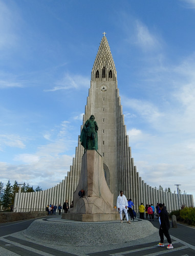 Hallgrimskirkja, the town church